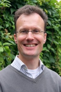 Mr. Chris Cullen teaches Mindfulness courses at the Oxford Mindfulness Centre